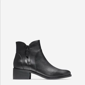 Cole Haan Black Leather Zipper Detailed Ankle Boot